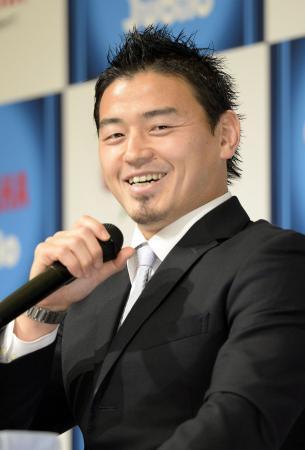 ラグビー五郎丸、豪レッズ挑戦へ 「活躍する姿届けたい」
