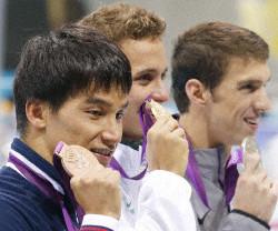松田が2大会連続3位 フェルプスはメダル19の新記録