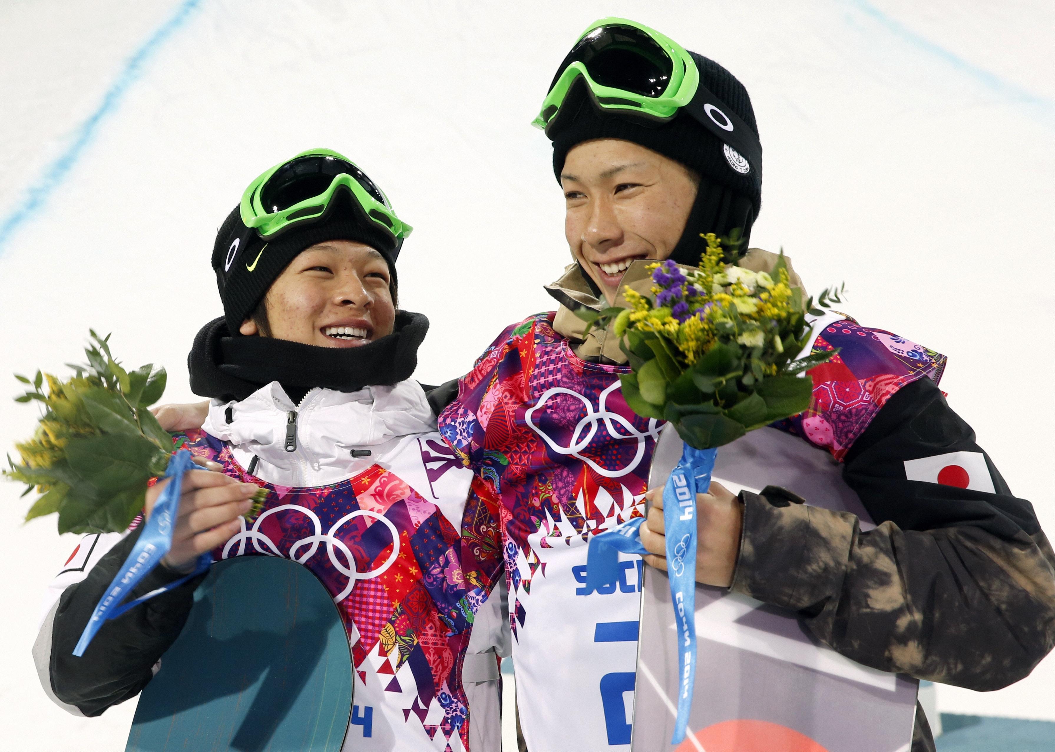 日本に初メダル 15歳平野が銀、18歳平岡は銅 スノーボード男子HP