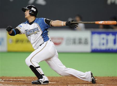 6月4日の横浜戦で先制本塁打を放つ中田翔=札幌ドーム