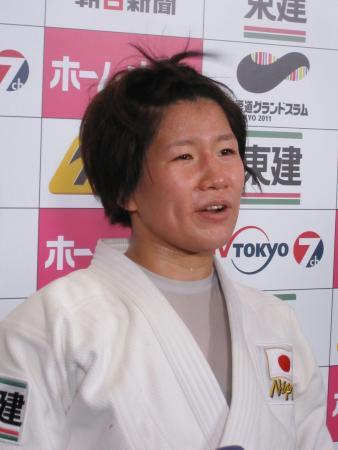 コメントは個性的だが、作戦を練りに練るタイプの佐藤愛子
