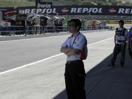 ブリヂストンのモーターサイクルレーシングマネージャーを務める山田宏