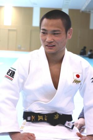 ロンドン五輪男子66キロ級代表の海老沼匡は立ち姿が美しい