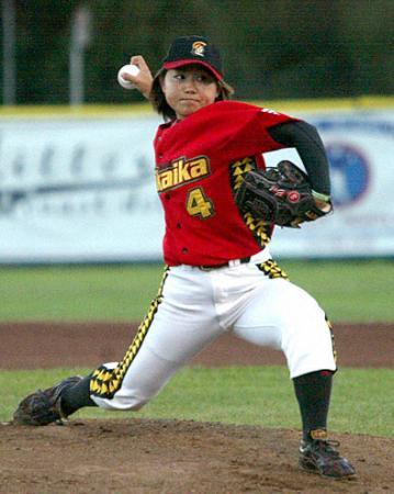 最終登板で4勝目を挙げた米独立リーグの吉田えり=22日、サンラファエル(共同)