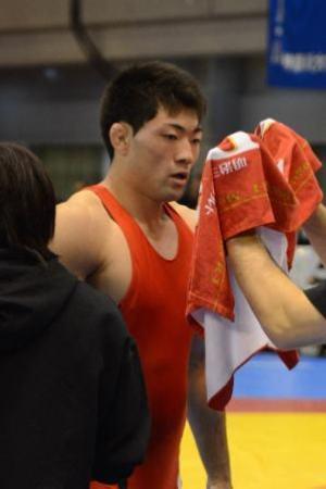 大学卒業後は総合格闘技を目指す鈴木友希