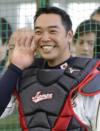 笑顔でチームを引っ張る主将の阿部=宮崎