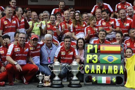 マンセルを抜く単独4位の32勝目を挙げたアロンソ(中) Ferrari