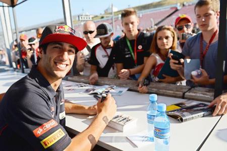 後半の活躍が期待されるリカルド Toro Rosso