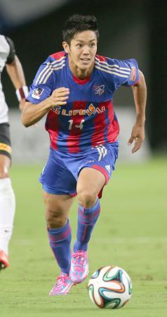 FC東京―浦和 前半、攻め込むFC東京・武藤=味スタ