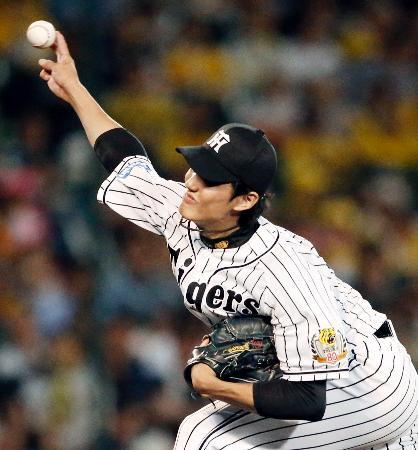 今季4度目の完封でリーグトップに並ぶ14勝目を挙げた阪神・藤浪=甲子園