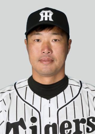 阪神の関本賢太郎内野手