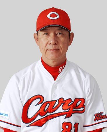 新井宏昌打撃コーチ