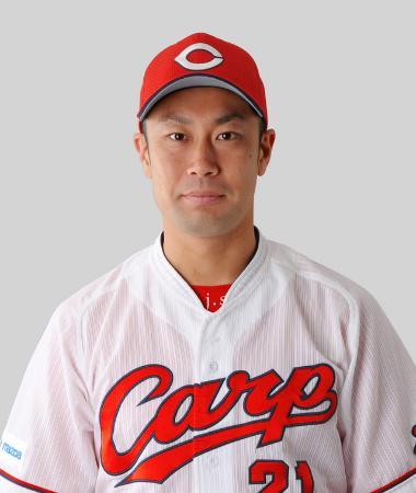 篠田純平投手