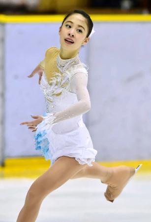 フィギュア女子で優勝した中京大中京・松田悠良のフリー=盛岡市アイスアリーナ