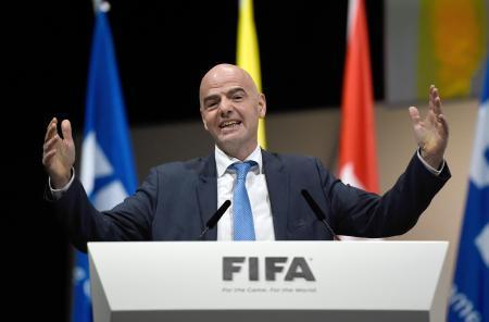 FIFAのジャンニ・インファンティノ新会長=26日、チューリヒ(ゲッティ=共同)