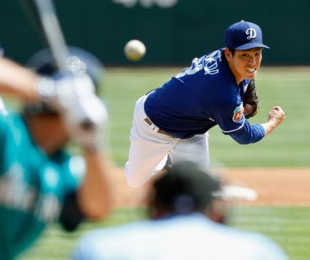 マリナーズ戦に先発したドジャース・前田健太投手=21日、グレンデール(共同)