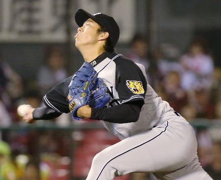 楽天戦に先発し、5回1失点でプロ初登板勝利を挙げた阪神・青柳=コボスタ宮城