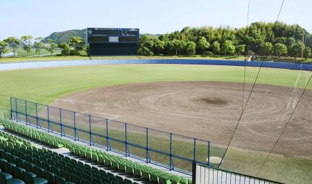 夏の甲子園高知大会決勝の舞台となる、県立春野総合運動公園野球場=高知市