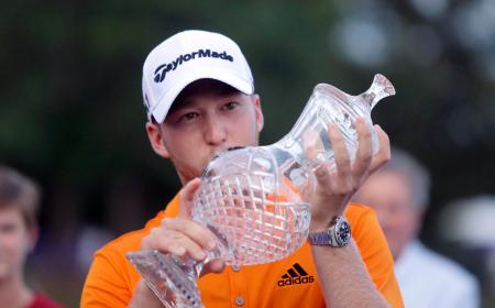 米男子ゴルフのフェデックス・セントジュード・クラシックで初優勝したダニエル・バーガー=米テネシー州(AP=共同)