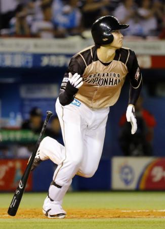 9回日本ハム無死、右中間に本塁打を放つ大谷=QVC