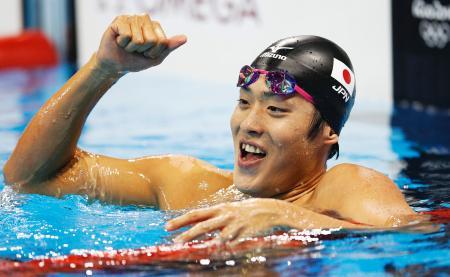 男子200メートルバタフライ決勝 銀メダルを獲得しガッツポーズの坂井聖人=リオデジャネイロ(共同)