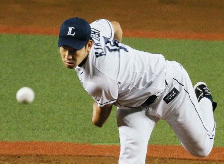 3年ぶりの完投勝利を挙げた西武・菊池=西武プリンスドーム