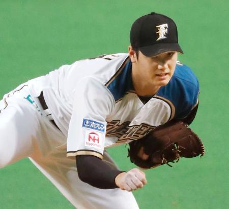 ソフトバンク戦の9回に登板し、プロ野球最速の球速165キロをマークした日本ハムの大谷翔平投手=16日、札幌ドーム