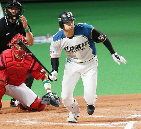10回日本ハム2死二塁、大谷が右前にサヨナラ打を放つ=札幌ドーム