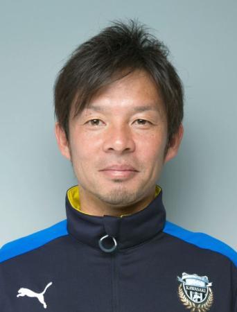 川崎の鬼木達コーチ