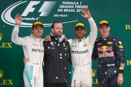ブラジルGPはハミルトンが優勝、ロズベルクは2位。2人の勝負は最終戦でいよいよ決着する=メルセデス・AMG・ペトロナス