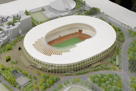 新国立競技場の模型=2016年6月、東京都港区