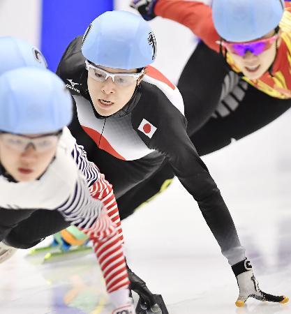 ショートトラック女子1000メートル決勝 銅メダルを獲得した菊池純礼=真駒内セキスイハイムアイスアリーナ