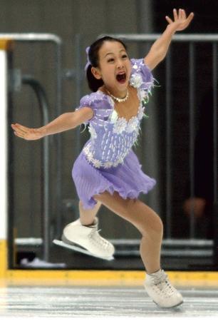 2002年12月、全日本選手権で演技する浅田真央=京都アクアリーナ