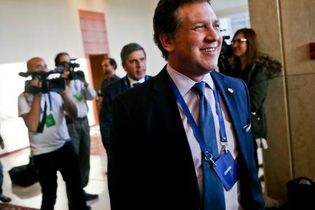 南米サッカー連盟のドミンゲス会長=4月、サンティアゴでの連盟総会(AP=共同)