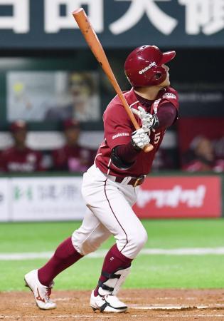 5回楽天無死、茂木が左越えに満塁本塁打を放つ=ヤフオクドーム