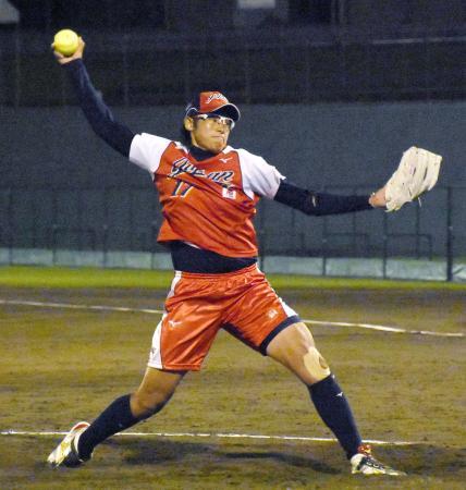 1次リーグのオーストラリア戦で好投した上野=高崎市城南野球場