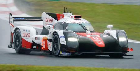 第7戦予選で3番手につけたトヨタ8号車=富士スピードウェイ
