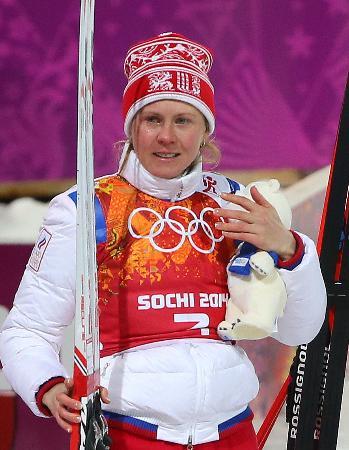 ソチ冬季五輪バイアスロン女子24キロリレーの銀メダリスト、ロシアのイアナ・ロマノワ=2014年2月、ソチ(タス=共同)
