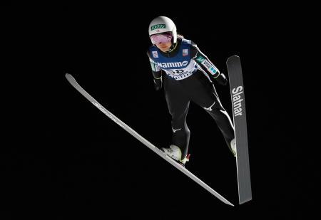 スキーW杯、ジャンプ女子個人第2戦で4位に終わった高梨沙羅=2日、リレハンメル(ゲッティ=共同)