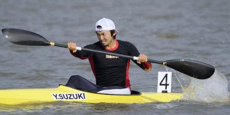 2010年11月、広州アジア大会に出場した鈴木康大選手(共同)