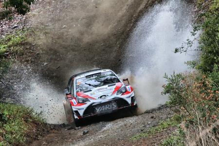 WRCのレースで疾走するヤリスWRC(日本名ヴィッツ)。日本でもこの勇姿を見ることはできるのか=TOYOTA GAZOO Racing