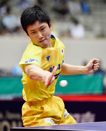 男子シングルス準々決勝 対戦する張本智和=北九州市立総合体育館