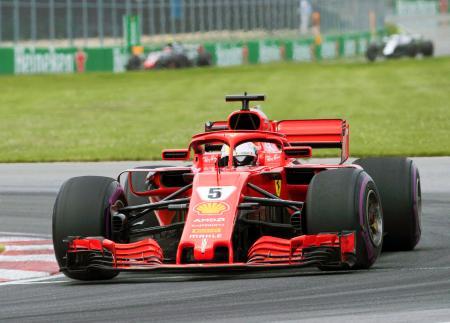 F1カナダGP決勝で走行するフェラーリのセバスチャン・フェテル=モントリオール(カナダ通信・AP=共同)