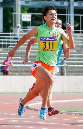 男子200メートル決勝 20秒88で優勝した安田圭吾=ShonanBMWスタジアム平塚