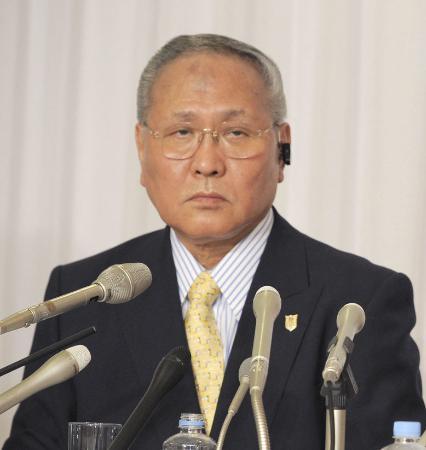 日本ボクシング連盟会長の山根明会長=2012年4月