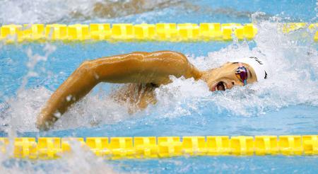 男子200メートル自由形決勝 1分50秒32で優勝した日大豊山・吉田啓祐=名古屋市ガイシプラザ