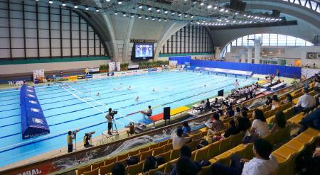 開幕した水球の日本選手権=5日、東京辰巳国際水泳場