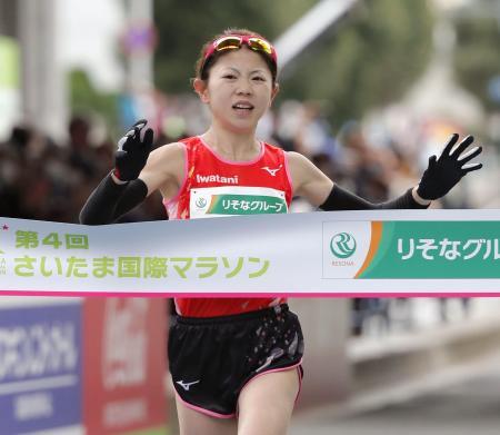 日本勢最高の4位でゴールする今田麻里絵=さいたまスーパーアリーナ