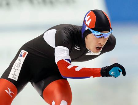 男子1万メートルで1位の土屋良輔。総合優勝した=明治北海道十勝オーバル