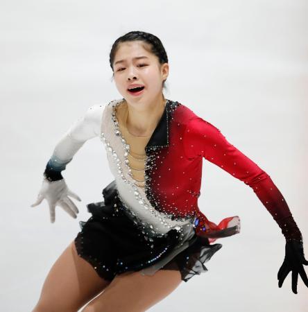 ジュニア女子で優勝した横井ゆは菜のフリー=ハーグ(共同)